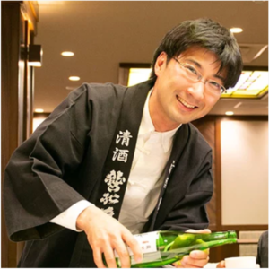 Mr. Tomo Kudo, the eighth generation Washinoo owner